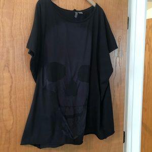 H&M Oversized Black Skull T Shirt